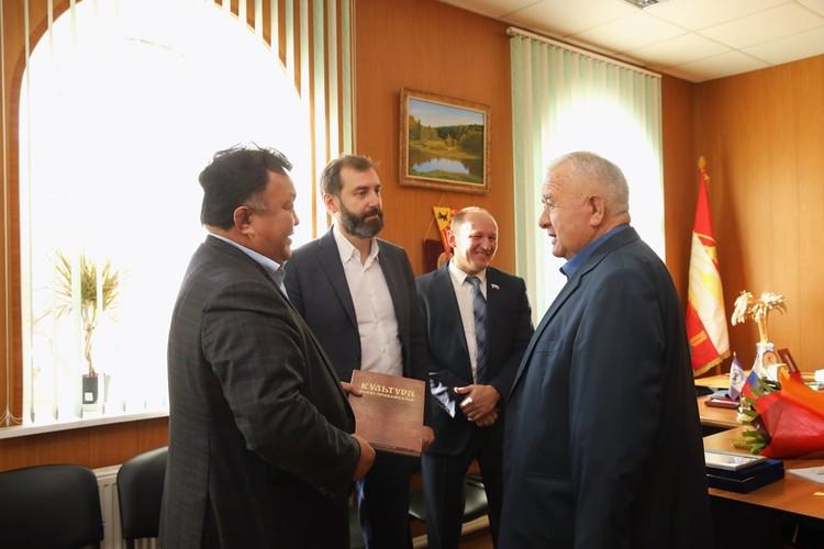 Виталий Михайлович - хороший управленец, на своем посту много лет. ФОТО: Лариса Федорова.