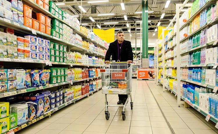 Из хозяйственных товаров в сентябре немного сбавили в цене зубная паста и шампунь.