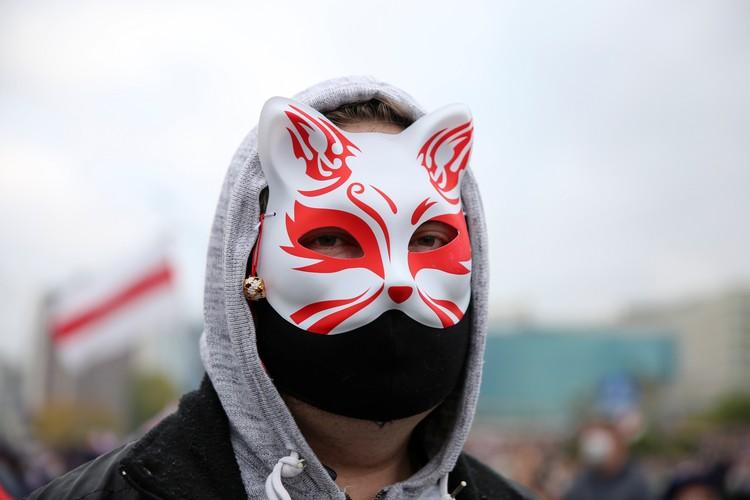 Некоторые были в масках