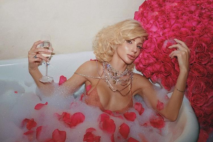 В день своего рождения Лобода похвасталась обручальным кольцом за полтора миллиона долларов. Фото: Инстаграм.