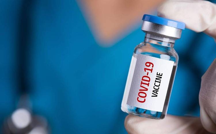 Правительства многих стран взялись за то, чтобы разработать вакцину.