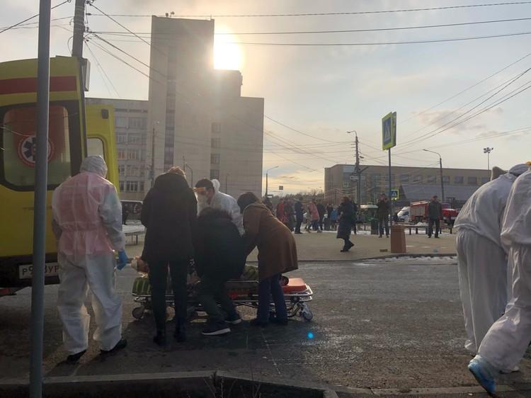Пациентов эвакуируют
