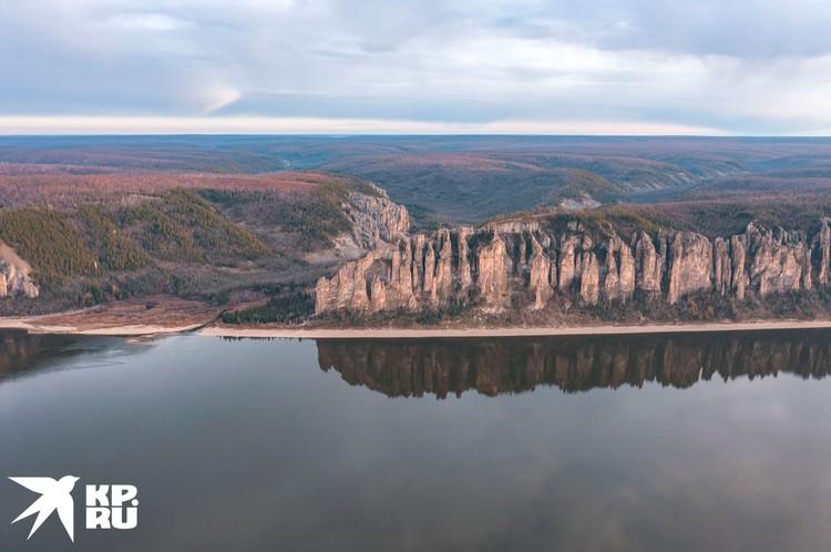 Высота Ленских столбов в некоторых местах превышает 200 метров. Фото Максима Рязанцева
