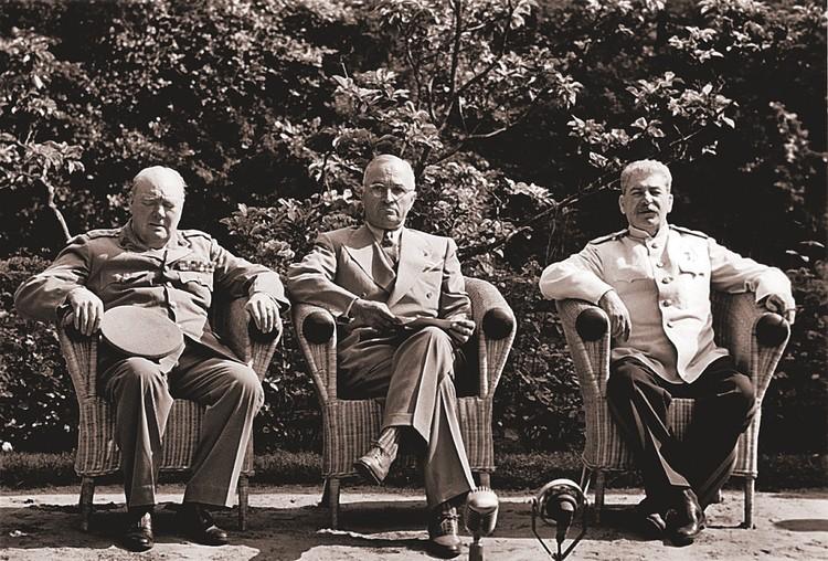 Сталин поднял вопрос о Ливии на встрече с Трумэном и Черчиллем в Потсдаме.
