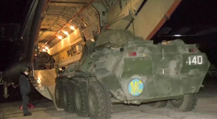 Росийские миротворцы прибыли в Карабах.