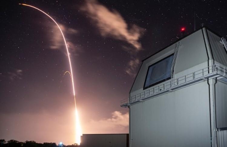 Пуск был произведен с корабля, оснащенного противоракетной системой AEGIS. Фото: Official U.S. Navy Page