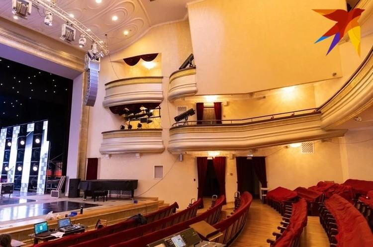 Недавно мы рассказали, как живет Театр оперы и балета в эпоху коронавируса