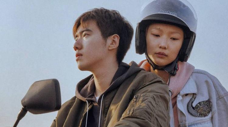 Кадр из фильма «Одинокий велосипед»