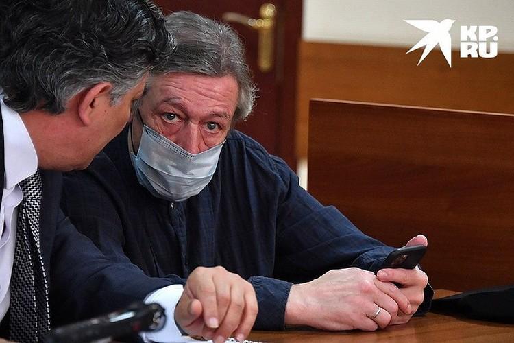 Актер Михаил Ефремов во время судебного процесса, август 2020 г.