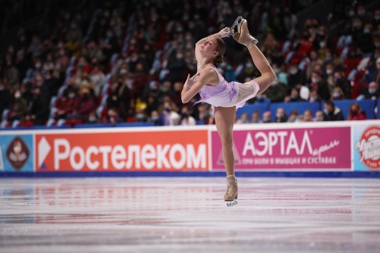 Александра Трусова выполнила сложные элементы