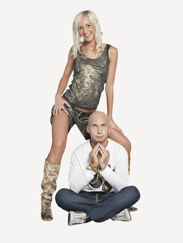 Сейчас Ольга Бузова - самая богатая из всех участников «Дома-2». Роману Третьякову повезло куда меньше. Фото: Persona Stars