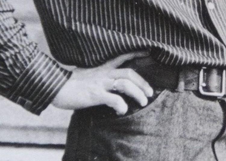 На безымянном пальце у Пьера Ришара со снимка надето обручальное кольцо. Фото: предоставлено семьей Анатолия Грахова