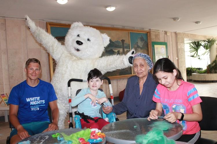 Алексей Михайлусов прошёл 1069 километров. Помог детям.