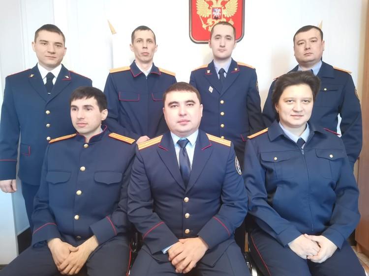 На фото Ильдус Ахметов и его отдел
