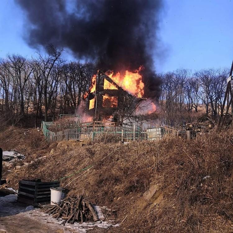В пожаре умерла мама Сергея. Фото: instagram/_.obraztsova._