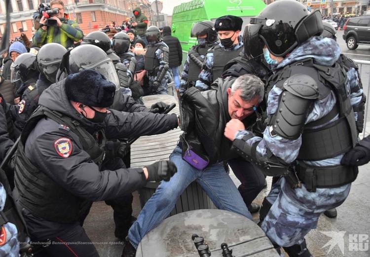 В полиции уверены, что установят и накажут всех, кто участвовал в организации незаконных акций