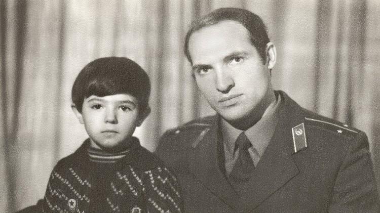 Архивное фото Лукашенко без усов появилось на его новом сайте. Фото: president.gov.by