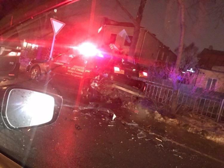 Патрульное авто получило серьезные повреждения. Фото: пресс-служба отдела МВД России по Уссурийску