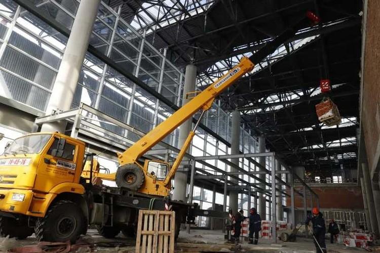 Что происходит в новом терминале аэропорта в Кемерове. ФОТО: пресс-служба администрации правительства Кузбасса.