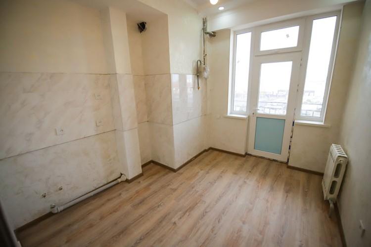 В квартире сделали ремонт, прежде чем вручить ключи законной владелице квадратных метров.