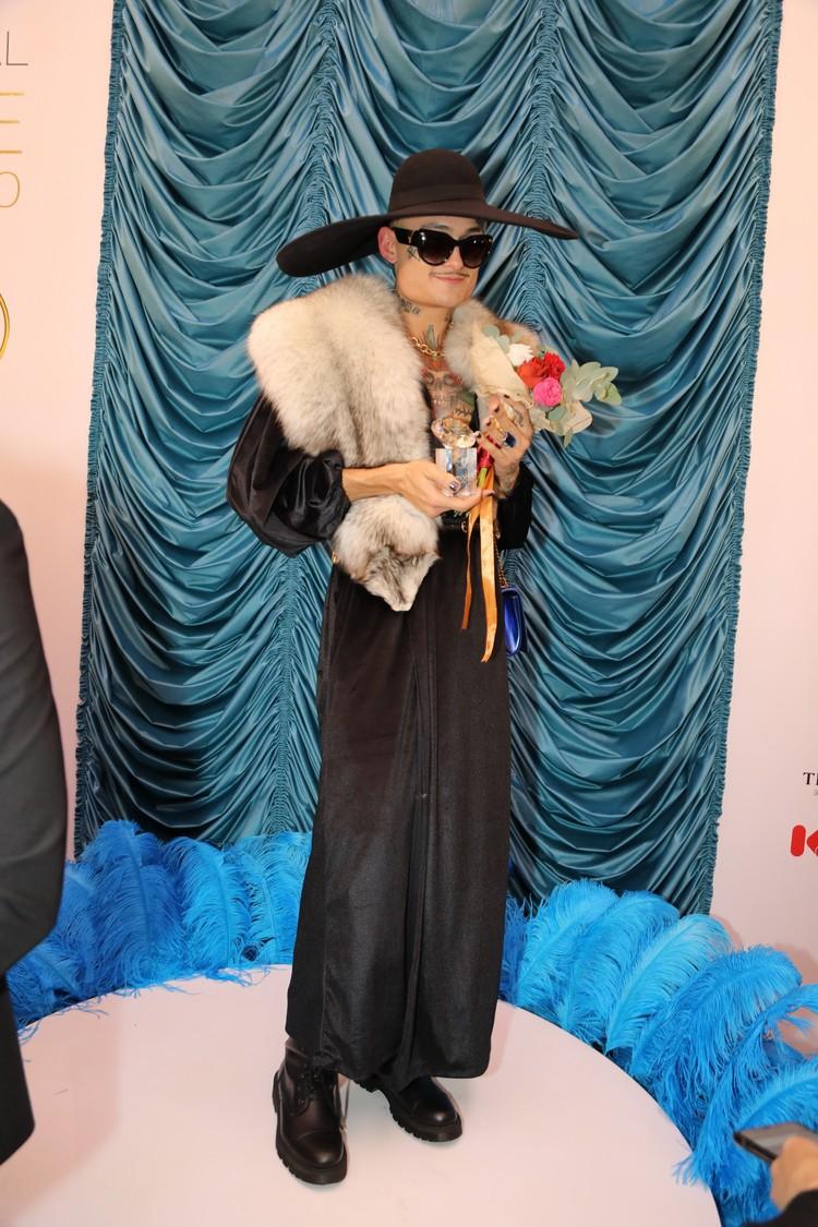 Ранее Бородина также резко отреагировала на присуждение рэперу Моргенштерну премии журнала MODA Topical в номинации «Женщина года». На церемонию награждения Моргенштерн пришел в женском наряде.