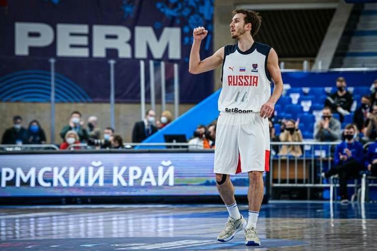 Дебютант сборной России из «Нижнего Новгорода» Артем Комолов. Фото: предоставлено пресс-службой FIBA.