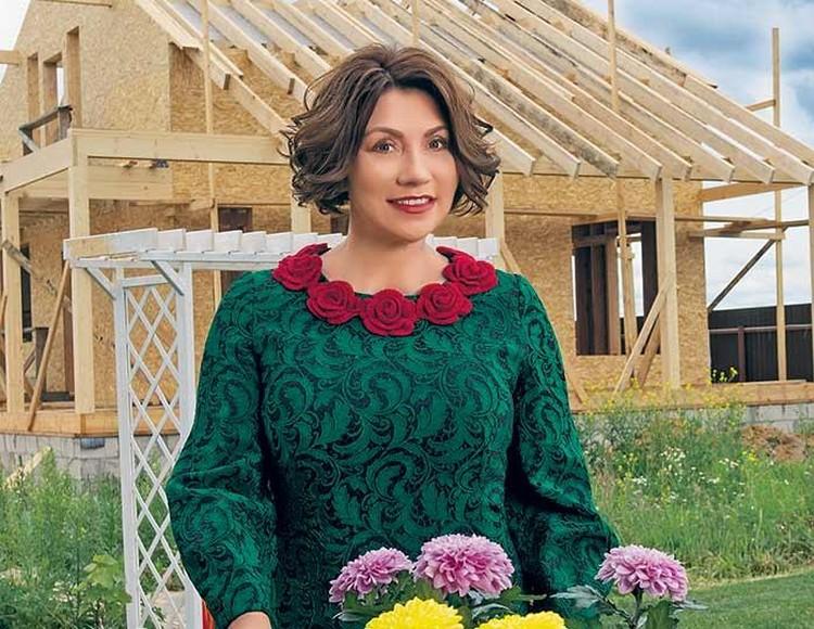 Роза Сябитова уверена — пока женщины ждут богачей, подходящие им мужчины женятся на других.