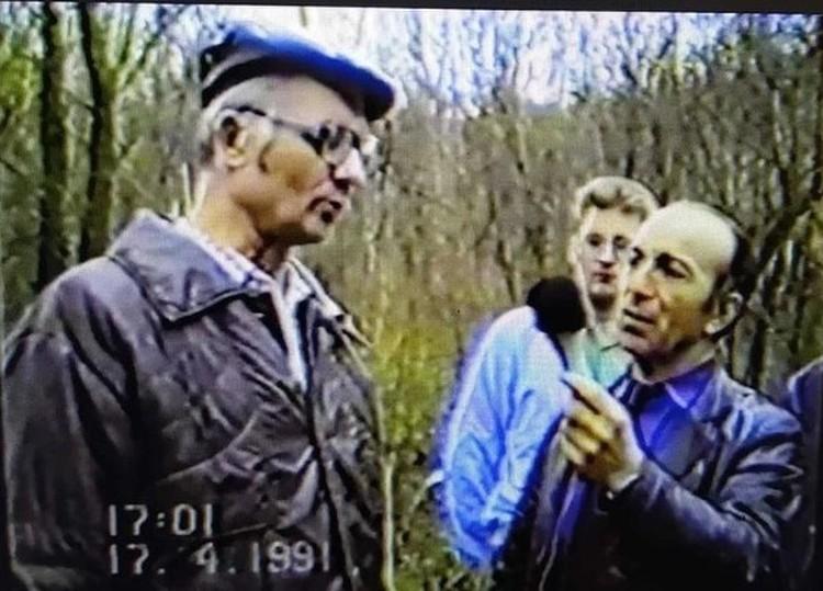 Андрей Чикатило на следственном эксперименте. Фото бывшего следователя Амурхана Яндиева.