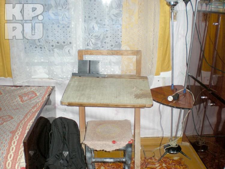 В комнате, где жили мальчики, спартанские условия