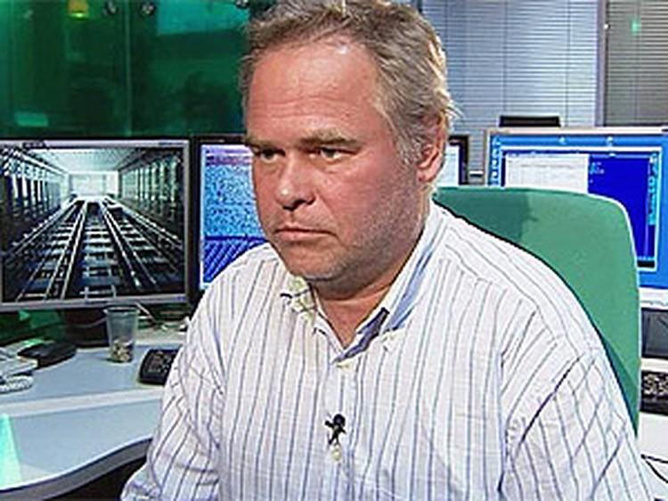 Отец похищенного Евгений Касперский вылетел из Лондона в Москву.
