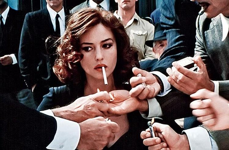 курение на экране незаставило актрису отказаться от здорового образа жизни.