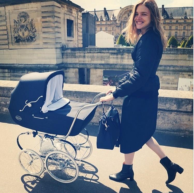 Между тем, Наталья успевает не только воспитывать детей и рожать новых