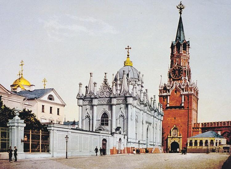 Церковь Святой Екатерины Вознесенского монастыря. (Фото начала XX века. Воспроизведено с цветных фотопластин.)