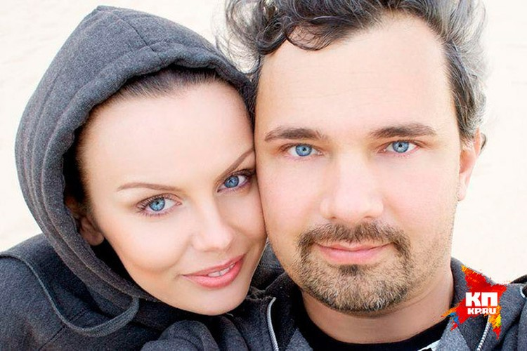 Юлия и Дмитрйи были не только супругами, но и коллегами. Лошагина была ассистенткой и моделью фотографа