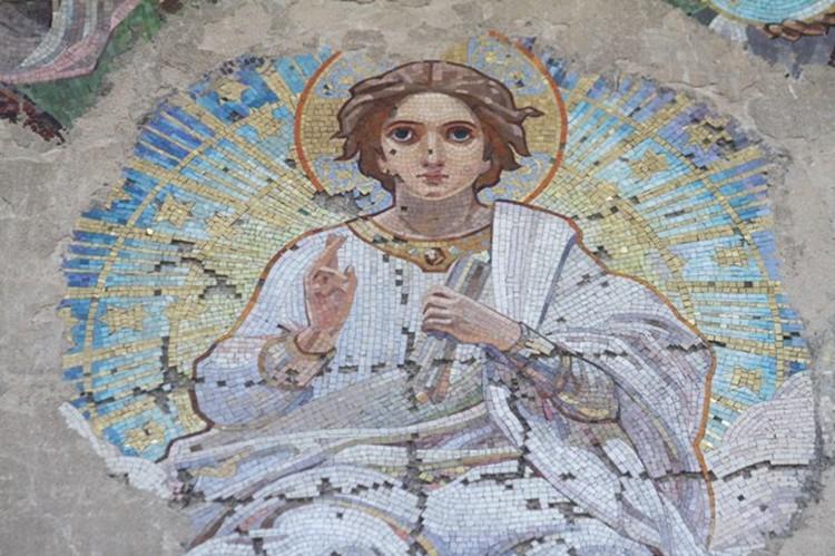 Мозаика «Собор Архистратига Михаила» Бруни, к сожалению, сохранилась не полностью.