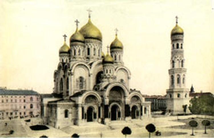 Александро-Невский собор в Варшаве до взрыва. Фото: из архива храма.