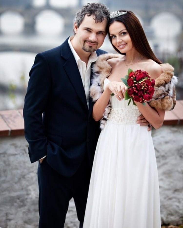 Дмитрий и Юлия Лошагины во время свадебного путешествия. Фото: vk.com
