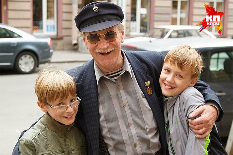 Лето 2014 года. Иван Краско с сыновьями Иваном и Федором.
