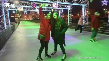 Открылся первым из крупнейших московских катков на ВДНХ