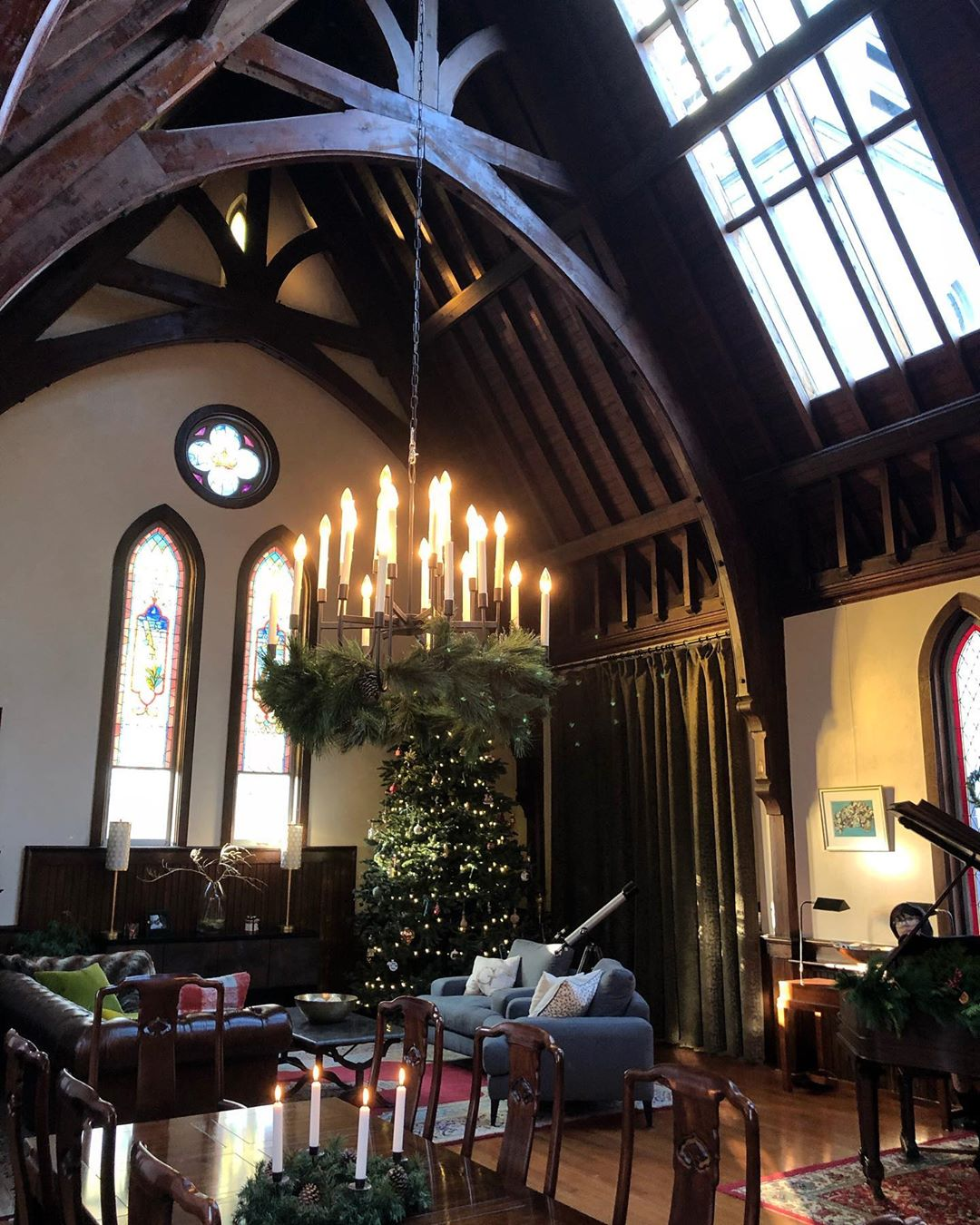 The Great Hall is officially ready for the Holidays!