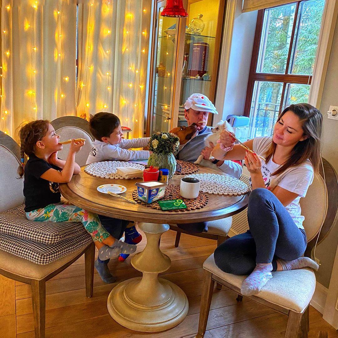 Когда-то Агата делилась советом, как детям и родителям мириться после ссор