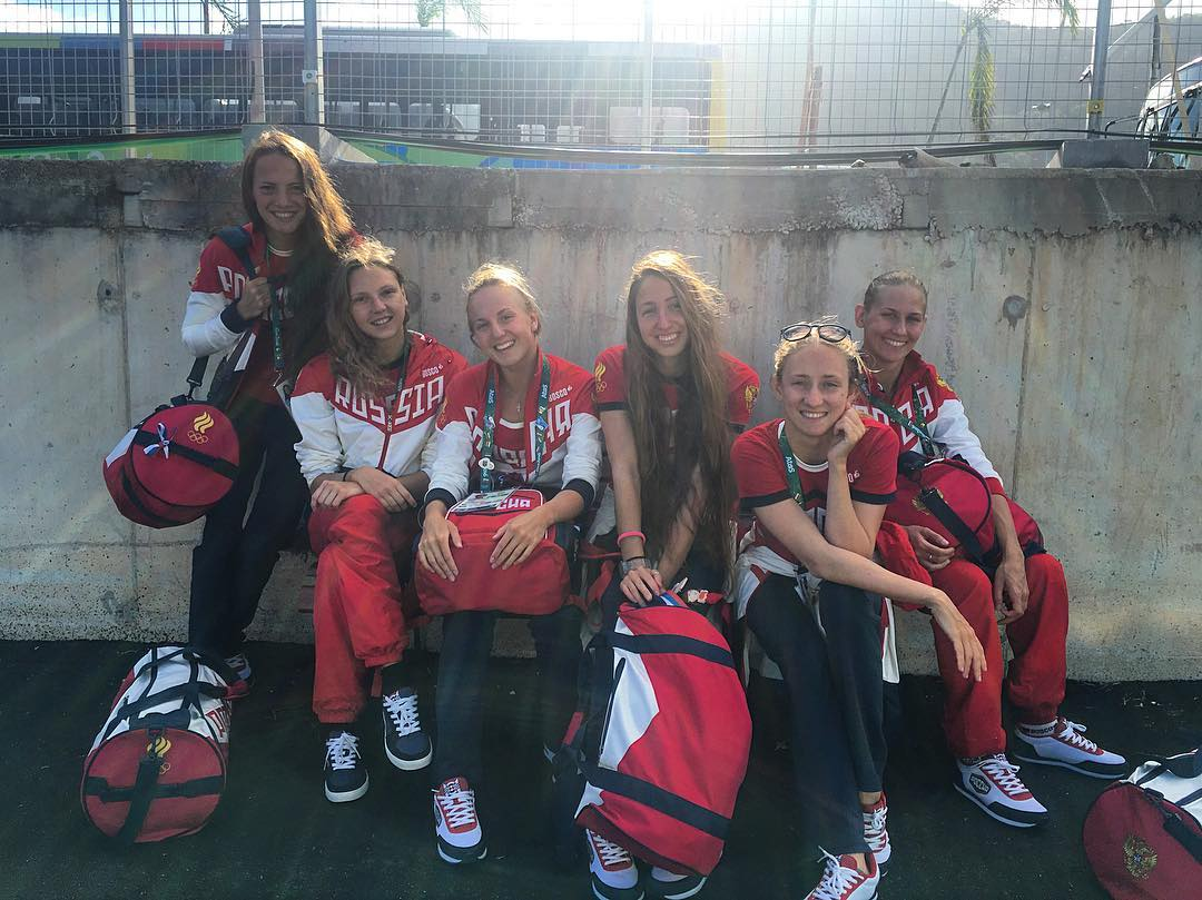 Bus station occupied #olympicgames #synchro #russian #nationalteam #rio2016 #water #girls #русскиерусалки