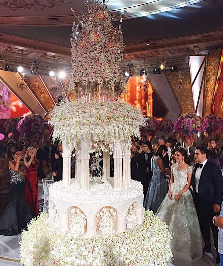 #KarenLilit #wedding #weddingkarenlilit #weddingdecor #свадьба #торт #свадебныйторт #свадебныйдекор #москва #сафиса #москвасити #невеста #свадьбагода