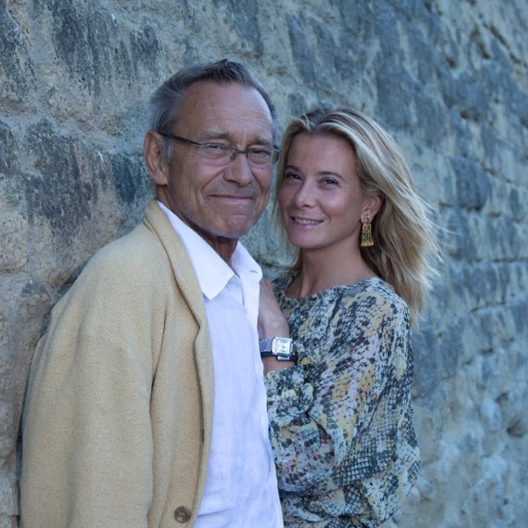 Юлия Высоцкая много лет счастлива в браке с именитым режиссером, несмотря на 36-летнюю разницу в возрасте