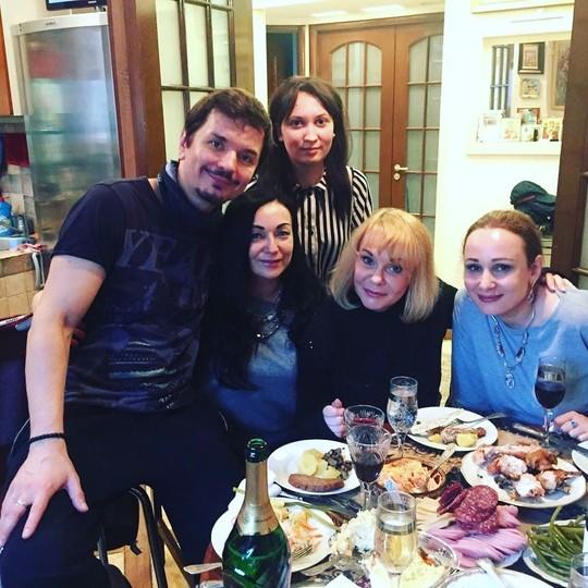 Сегодня у моего директора Ирины Цветковой @vasilissavasa день Рождения.