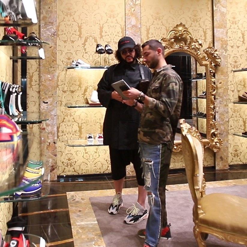 Рабочие моменты ... Кто первый, отгадает в каком мы бутике, в сторис ) #филиппкиркоров