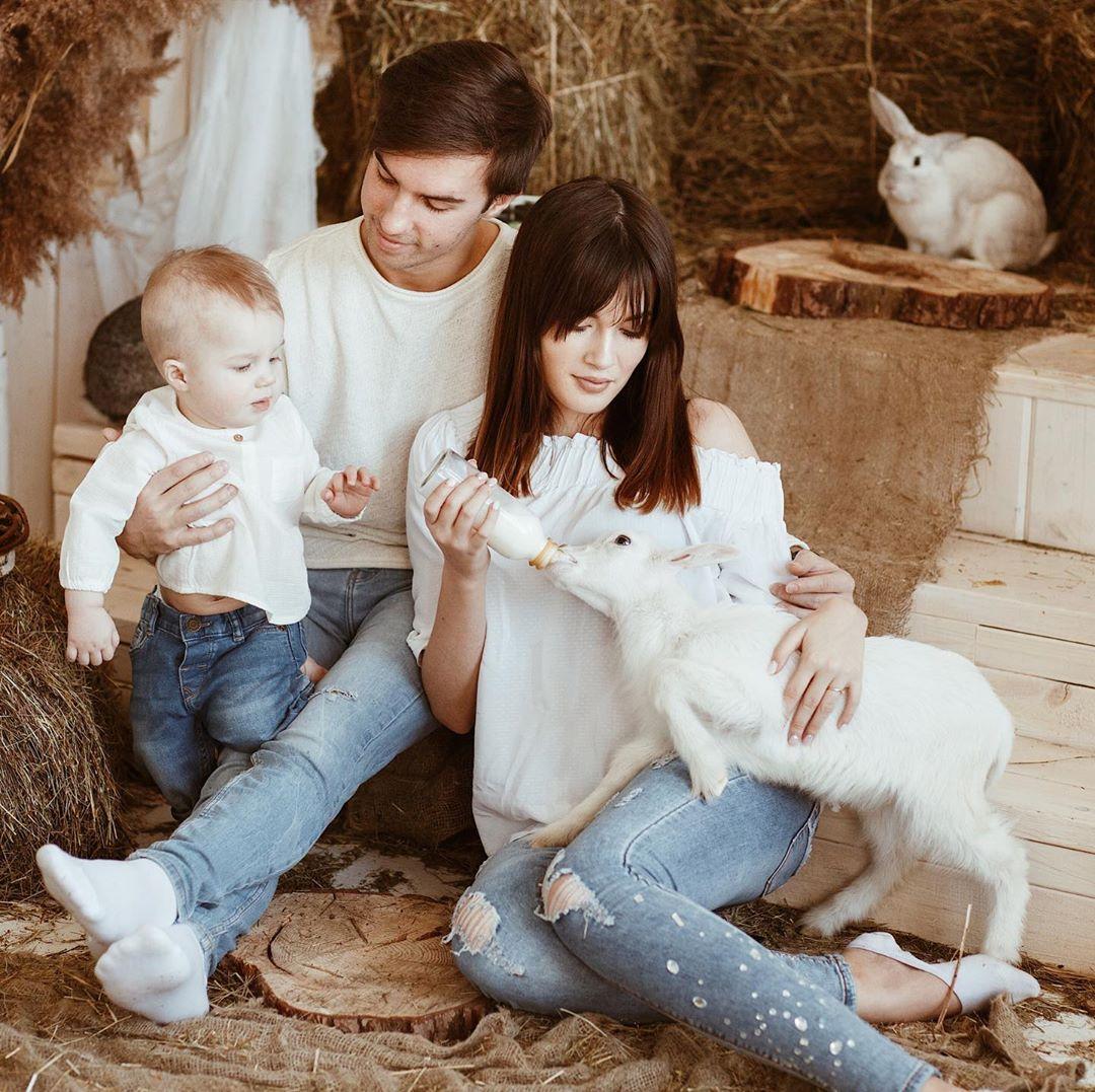 На фотографиях нижегородки в Инстаграме - семейная идиллия