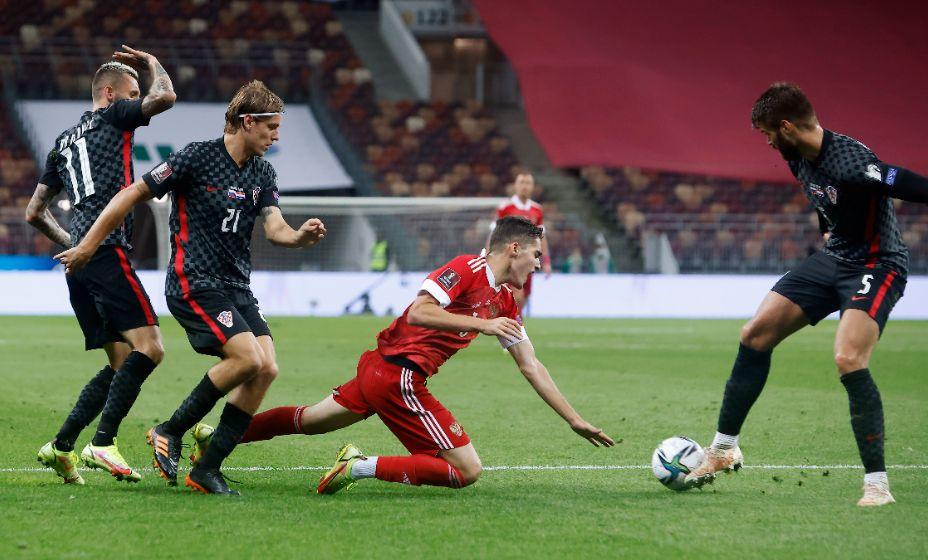 Арсен Захарян был лучшим в первом отборочном матче ЧМ-2022 против Хорватии. Фото: Global Press Look